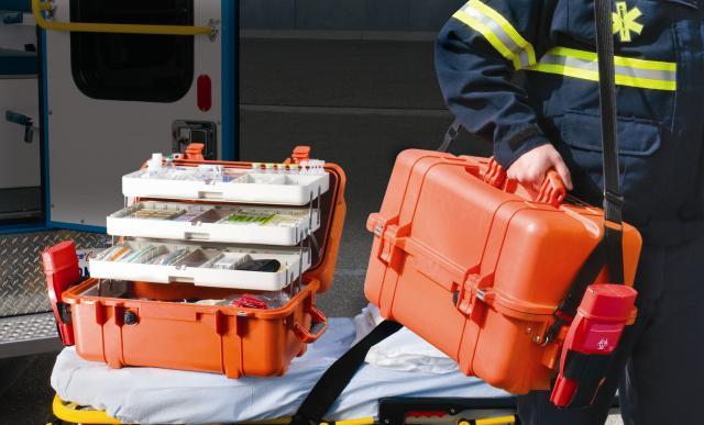 Záchranářský odolný kufr PELI 1460EMS